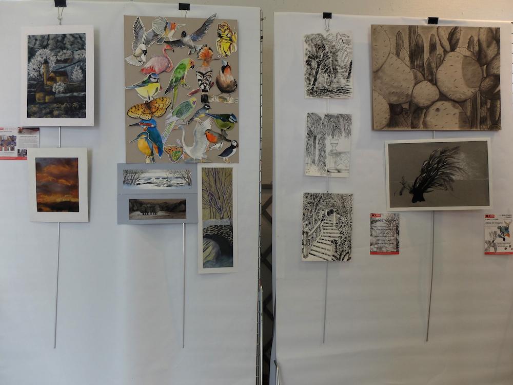 Ainsi sont présentées les oeuvres des élèves de la sbac à Clamart en dessin, peinture , gravure et sculpture